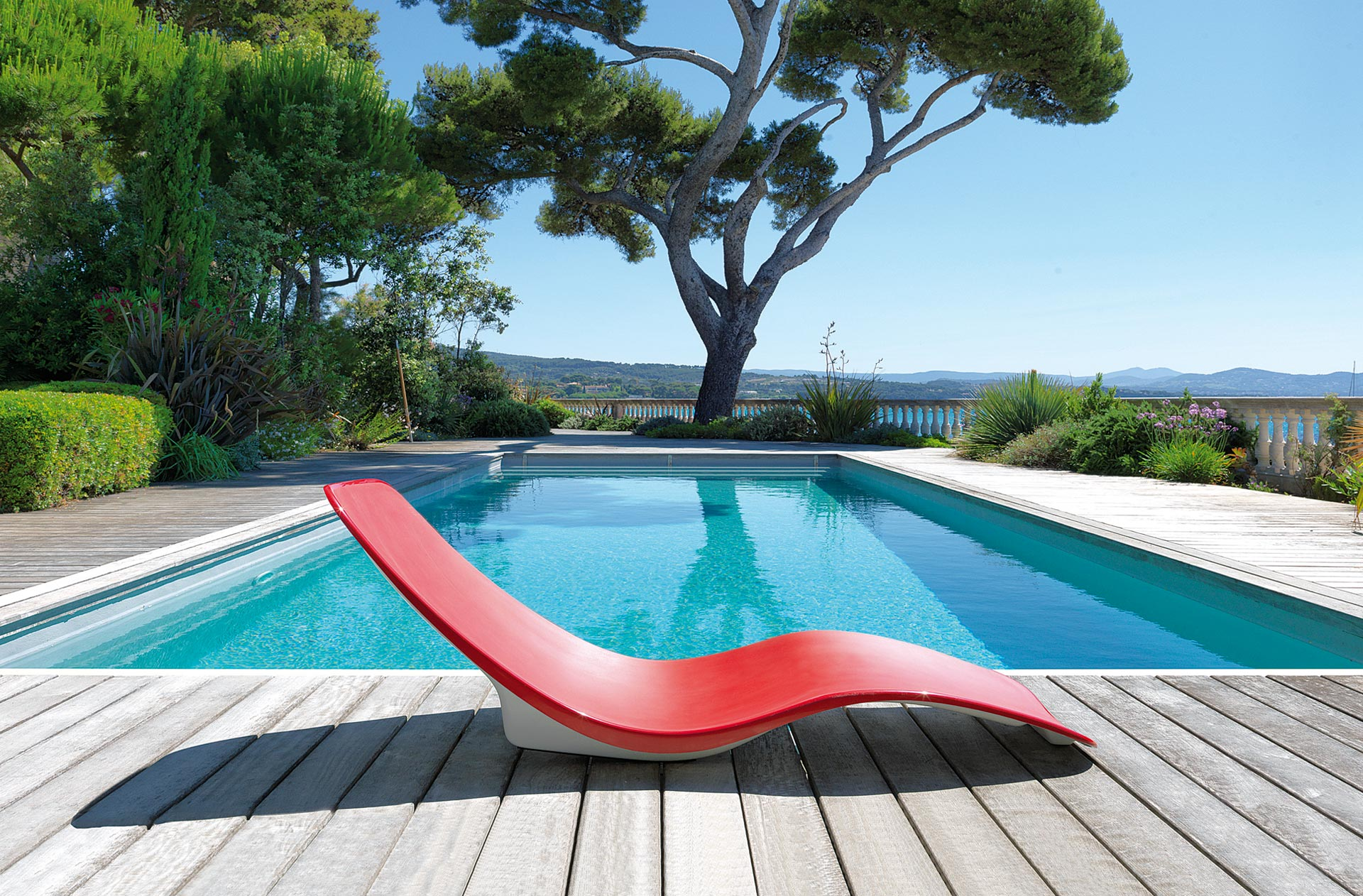 construction de piscines b ton aluminium et en kit marseille. Black Bedroom Furniture Sets. Home Design Ideas